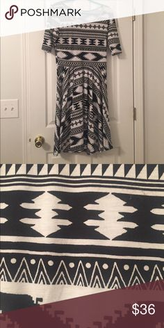 Aztec Nicole So gorgeous!!! Just need more room in the closet ☺️ LuLaRoe Dresses