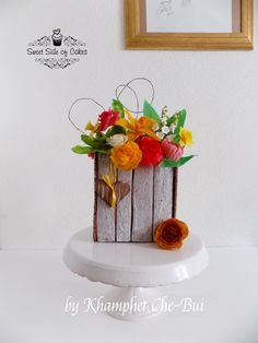 3D cookies creation with flowers mostly made from springroll sheets by Sweet Side of Cakes