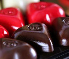 Pheeces of Choco - Choco Gifts,Choco Lovers and Chocolate Shells, Chocolate Hearts, Chocolate Gifts, Chocolate Box, Gift For Lover, Gifts For Mom, Vanilla Ganache, Hazelnut Praline, French Chocolate