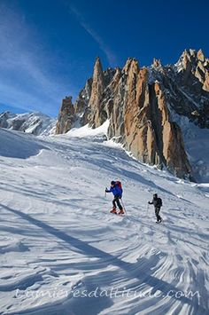 Ski de randonnee dans la vallee blanche, Massif du Mont-Blanc, Haute-savoie…
