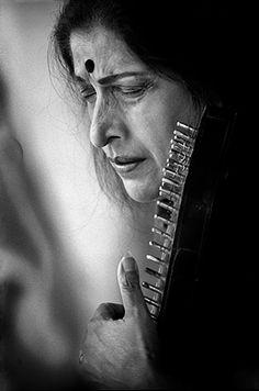 Raghu Rai - Kishori Amonkar performing in Delhi @ Music Maestros: Photographs by Raghu Rai   StoryLTD.com   #Indianart #Photography #StoryLTD
