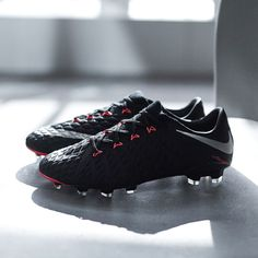 48156d3e9727 Nike drop their third Hypervenom III colourway and their second in a month  as the new silhouette continues to storm through the winter season with ...
