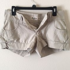 Super comfy khaki shorts! Size 14 Good condition! Very comfortable! Shorts