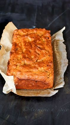 James Beard's Persimmon Bread: Used brandy and dried dates. Baked in tin containers for an extra 20 min. Good, but pretty sweet so use only cups of sugar next time. Persimmon Cake Recipe, Persimmon Cookies, Persimmon Pudding, Persimmon Recipes, Fall Recipes, Holiday Recipes, Just Desserts, Dessert Recipes, Fall Desserts