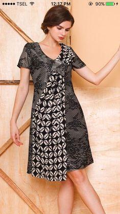 African Fashion Dresses, African Dress, Fashion Outfits, Emo Outfits, Blouse Batik, Batik Dress, Mode Batik, Batik Kebaya, Dress Pesta