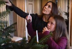 Danish Crown Prince family decorated 2017 Christmas tree