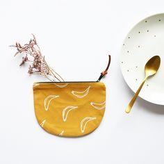 #wallet #cotonbio #trousse #moutarde #bananes #petitemila