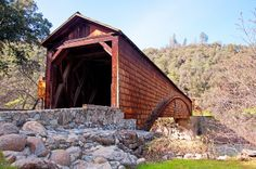 Covered bridges | Covered Bridge at Bridgeport, California across the South Yuba River ...