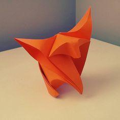 https://flic.kr/p/TAXruh | Origami Fox Cub | Original designer: Fumiaki Shingu Variation: Jakub Krajewski Tutorial: youtu.be/M7SnUDL9jUQ