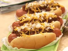 Old School: Classic Coney Chili Dogs | Rachael Ray Show