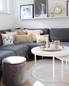 In Diesem Wunderschönen Wohnzimmer Kann Man Sich Nur Wohlfühlen! Ein Super  Bequemes Sofa, Stilvolle
