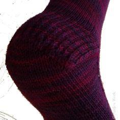 Socken von unten auf der Rundstricknadel stricken - Antjes Werk