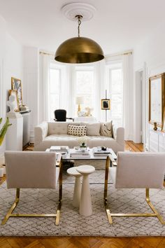 havenly livingroom See How One Designer Transformed a Small Brooklyn Rental Into an Airy, Parisian-Inspired Home Home Depot, Studio Apt, Studio Apartment, Home Decor Trends, Decor Ideas, Decorating Ideas, Inspired Homes, Interiores Design, Apartment Living