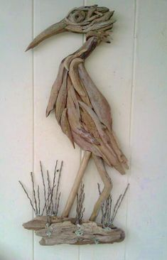 Unusual Facts About Driftwood Art Unusual Facts About Driftwood ArtDriftwood is extremely light when it is wholly dried out. In conclusion, it serves the best form of dec Driftwood Wall Art, Driftwood Projects, Driftwood Sculpture, Seashell Crafts, Beach Crafts, Diy And Crafts, Arts And Crafts, Unusual Facts, Strange Facts