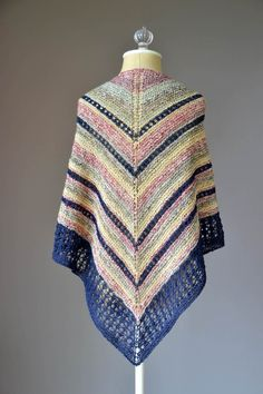 Free knitting pattern for an eyelet triangle shawl