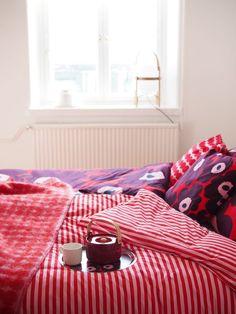 Loft Conversion Velux Windows, Grown Up Bedroom, Scandi Home, Pink Bedrooms, Bedroom With Ensuite, Marimekko, Scandinavian Design, Architecture Design, Bed Pillows