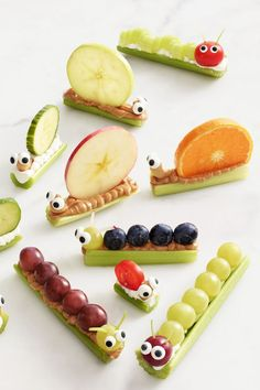 Critter Crudités- cute little creatures make healthy food taste better. Let your kids get creative and come up with their own! picnic food ideas for kids snacks Critter Crudités Healthy Recipes, Healthy Snacks For Kids, Yummy Snacks, Baby Food Recipes, Snack Recipes, Yummy Food, Healthy Food, Kid Snacks, Cute Kids Snacks