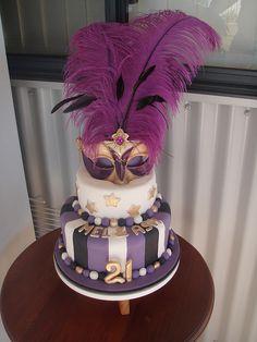 Masquerade. I want to make a cake like this.