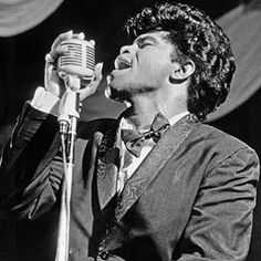 James Brown  With some 800 songs in his repertoire, James Brown has influenced contemporary artists from virtually every popular music genre — rock, soul, jazz, R included.