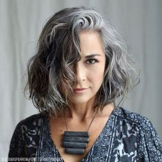 17 Amazing Examples of Green Hair Trends) - Style My Hairs New Hair Color Trends, Latest Hair Trends, Curly Hair Styles, Natural Hair Styles, Grey Hair Natural, Long Grey Hair, Grey Curly Hair, Grey Hair Haircut, Gray Hair Women
