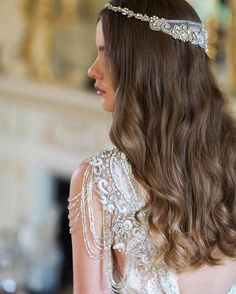 Our Blossom Headpiece and Sierra Dress captured beautifully by @whiteimages #annacampbell #annacampbellbride
