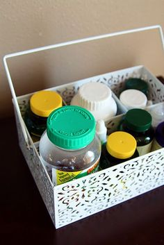 trolley for utensils for storing vitamins and medicines … keep on the shelf in the kitchen cabinet … – Gray N Black Organize Kitchen Medicine Cabinet Organization, Medicine Storage, Kitchen Organization, Organization Ideas, Medicine Cabinets, Storage Ideas, Household Organization, Organize Medicine, Storage Caddy