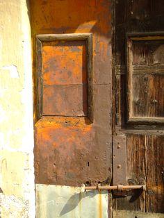 Catania, Sicilia, by yourguideboba.com