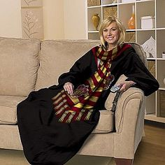 Harry Potter Snuggie This is awesome!!  Neeeeed