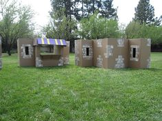 Biblical Village made from cardboard boxes. Ward Christmas Party, Christmas Stage, Christmas Pageant, Christmas Program, Christmas Concert, Christmas 2019, Diy Nativity, The Nativity Story, Christmas Nativity