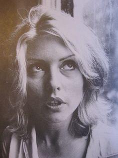 Dirty Harry - Debbie Harry Photo (31493283) - Fanpop Pretty Photos, Cool Photos, Chris Stein, Musician Photography, Blonde Moments, Sgt Pepper, Women Of Rock, Musica, Artists