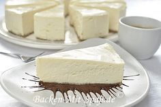 Recipe for the classic New York Style Cheesecake. This is the best New York cheesecake I have ever e American Cheesecake, New York Style Cheesecake, Healthy Cheesecake, Gluten Free Cheesecake, Buckwheat Cake, Different Cakes, Salty Cake, Cake Tins, Savoury Cake
