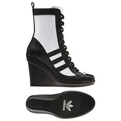 I am sooooo digging this re-imagined take on the old skool fave shell toe adidas!!!