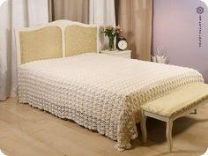 """Pure linen hand crochet bed coverlet """"Yasmine Valley"""""""