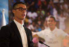 Cristiano Ronaldo could be fined because of Nike glasses he wore at Real Madrid contract renewal - Mirror Online