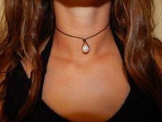 Leather Pearl Teardrop Choker Necklace