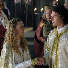 Korona Królów / The Crown of The Kings serial TVP / Polish TV series Movie Costumes, Period Dramas, The Crown, Tv Series, King, Medieval, Movies, Beautiful, Clothes
