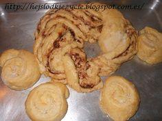 Hoy preparo tortas esponjosas con coco:) para mis niños y también bollos con cacao:)