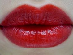 Rouge  Bunny Rouge's Colour Burst Lipstick in Raw Silence