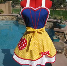 Snow White Inspired Sassy Apron Womens Misses and by sassyapron, $34.95