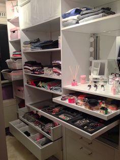 My New walkin closet !!!