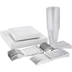 Let's take a DIY wedding to the next level with a classic white plate that is perfect for buffets! Stunning, strong and elegant, this set will not break your budget and will completely impress your guests! We include the flatware and the tumblers, too! Snag this look today and save more money for your honeymoon. (Let's face it, you know you want more cocktails on the beach so let's save some moolah for that!!) Let's have an elegant party with disposable dishes and flatware from Smarty! Budget Wedding, Wedding Planning, Clear Tumblers, White Plates, Diy Wedding Decorations, Party Packs, Best Memories, On Your Wedding Day, Classic White