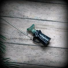 i really need some Twin Peaks jewelry. and this is super fantastic!