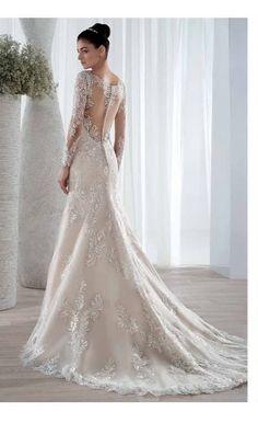 #lace #weddingmermaidgown