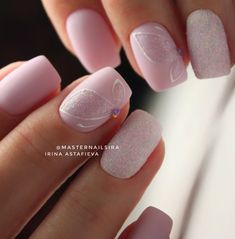 Want to know how to do gel nails at home? Learn the fundamentals with our DIY tutorial that will guide you step by step to professional salon quality nails.