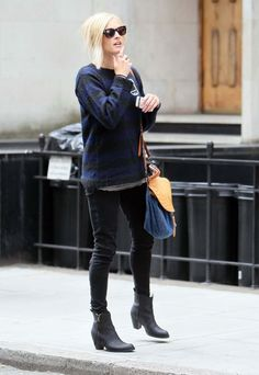Fearne Cotton blue and black striped sweater black skinny jeans black boots