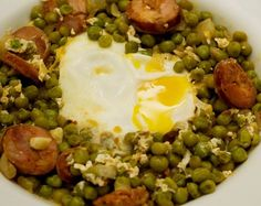 Ervilhas com Chouriço is a delicious and hearty traditional dish. A Portuguese dish, Green Peas and Chouriço combines the wonderful flavors of Chouriço.