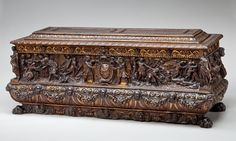 (Chapter 10) The Cassone was a chest and could be seen painted by artists Uccello, Donatello, and Botticelli. The lid extended past the sides and was usually rectangle, but could be different shapes. They were painted with scenes from the Bible, classical mythology, and the lives of saints.
