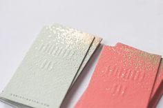 love the glitter spray on these business cards http://belindalovelee.com/