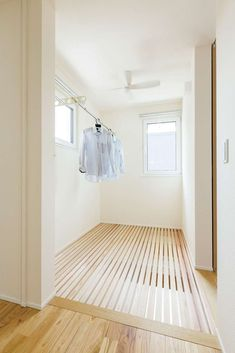 Outdoor Laundry Rooms, Landry Room, Minimal Decor, Japanese Interior, Laundry Room Design, Small House Design, Japanese House, Fashion Room, Interior Design Kitchen