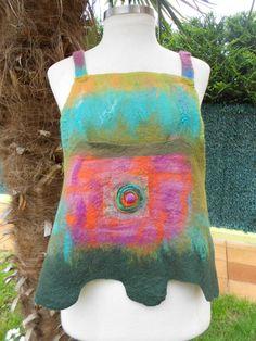 Blusa con tirantes de lana fieltrada bolsillo by AtelierdeValerie, €60.00